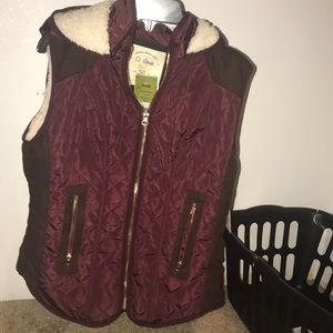 Burgendy sweater vest